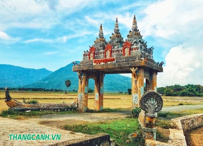 Cổng chùa Khmer Koh Kas
